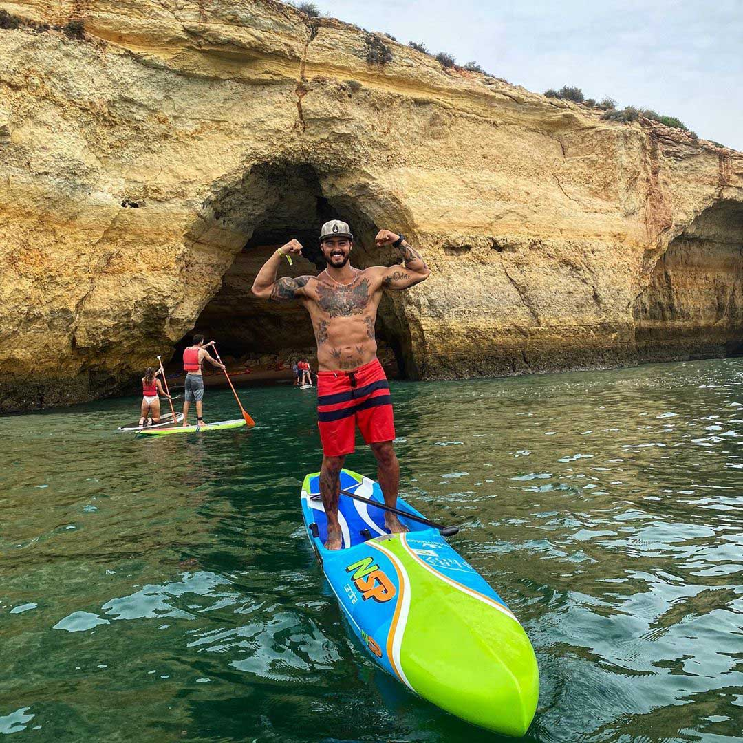 Surfcloud rider Renato Quieros